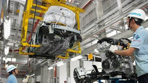 Ngành công nghiệp ô tô Việt khổ sở, điêu đứng vì Covid - 19