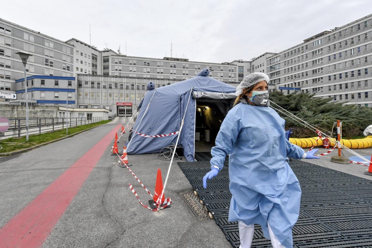 Số ca nhiễm Covid-19 ở Italia vượt 1.100, 29 người thiệt mạng