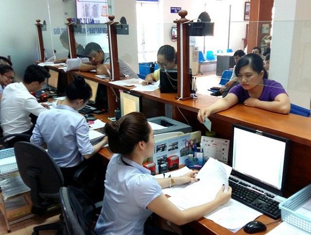 Dịch Covid-19: Lao động đăng ký hưởng bảo hiểm thất nghiệp tăng gần 60% - 1