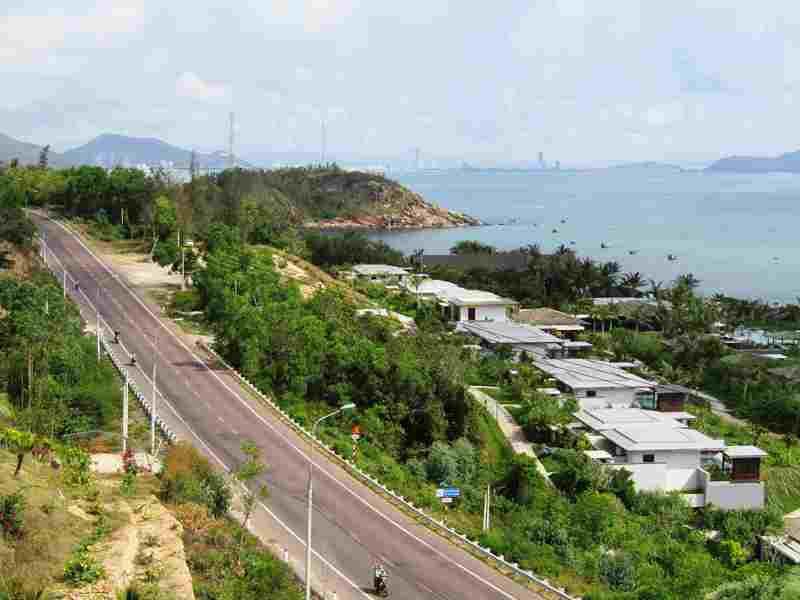 """Bình Định: Thanh tra """"sờ gáy"""" 2 khu nghỉ dưỡng ven biển thi công vi phạm"""