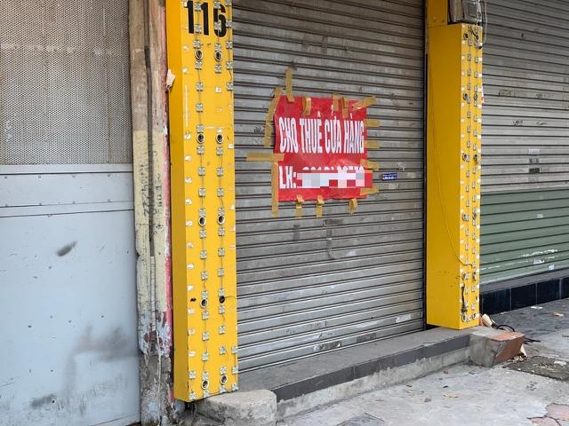 Xuất hiện làn sóng trả mặt bằng ở phố quần áo sầm uất bậc nhất Hà Nội - 1