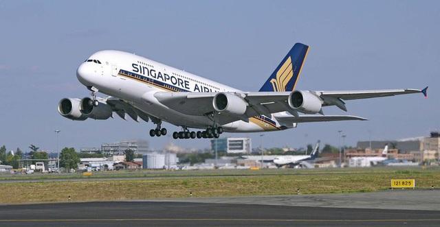 Thủ tướng: Hạn chế bay chở khách quốc tế đến Nội Bài, Tân Sơn Nhất - 1
