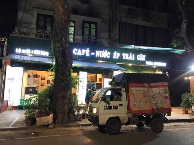 Chủ tịch Hà Nội: Tất cả các quán cà phê phải dừng hoạt động - 2