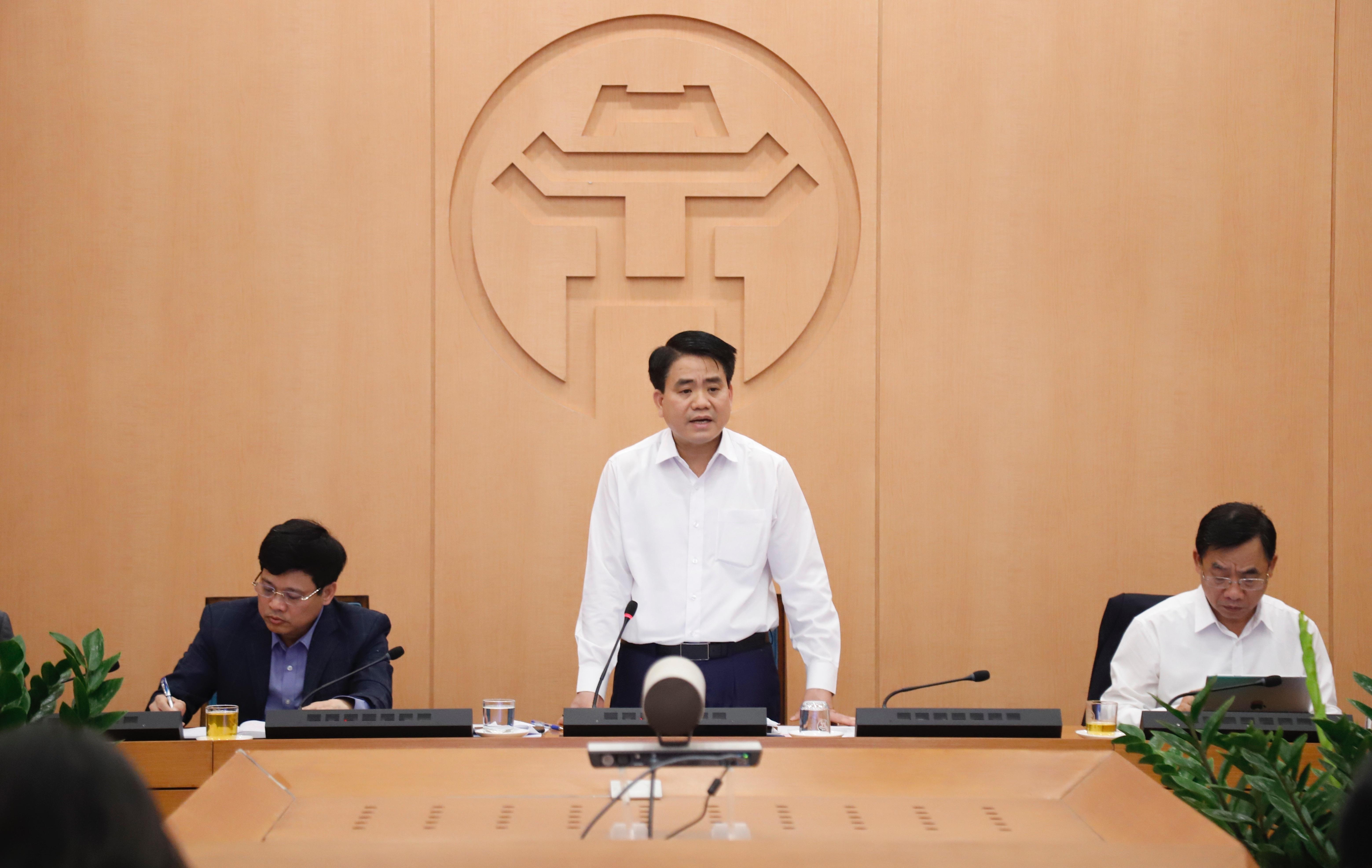 Chủ tịch Hà Nội: Tất cả các quán cà phê phải dừng hoạt động