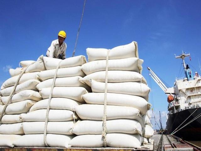Gạo đầy kho, DN và các tỉnh đề xuất cho xuất khẩu trở lại - 1