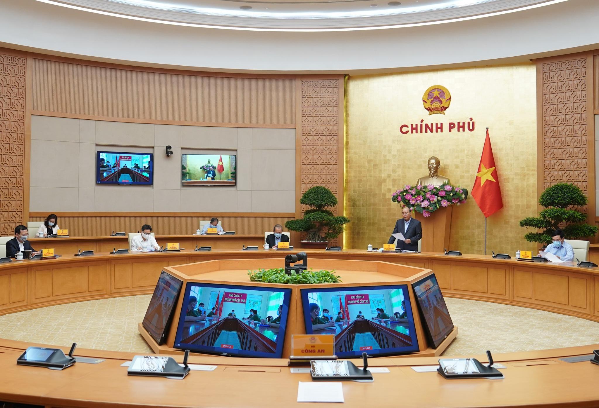 """Thủ tướng đốc thúc 5 thành phố lớn tranh thủ """"giờ vàng"""" chống Covid-19"""