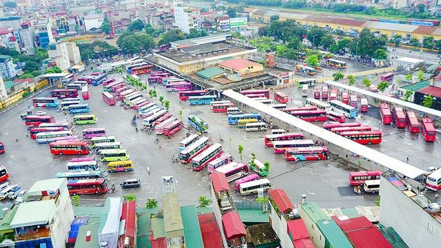 """Hỏa tốc """"lệnh"""" dừng toàn bộ xe chở khách đến/đi từ Hà Nội, TP.HCM"""