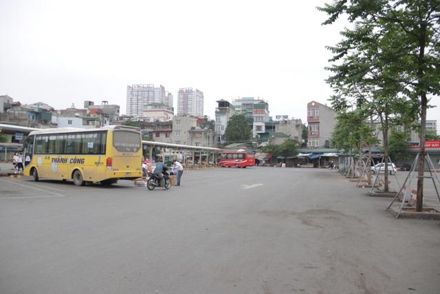 Hà Nội: Nhiều bến xe trống trơn trong ngày đầu dừng toàn bộ xe trên 9 chỗ - 14