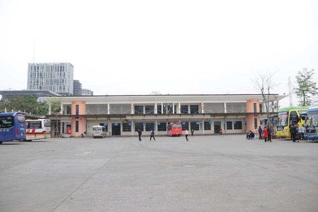 Hà Nội: Nhiều bến xe trống trơn trong ngày đầu dừng toàn bộ xe trên 9 chỗ - 5