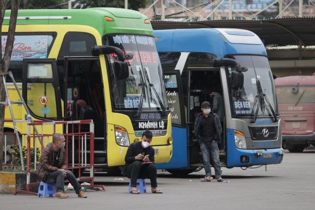 Hà Nội: Nhiều bến xe trống trơn trong ngày đầu dừng toàn bộ xe trên 9 chỗ - 8