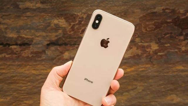 Những smartphone cao cấp và cận cao cấp giảm giá tiền triệu - 3