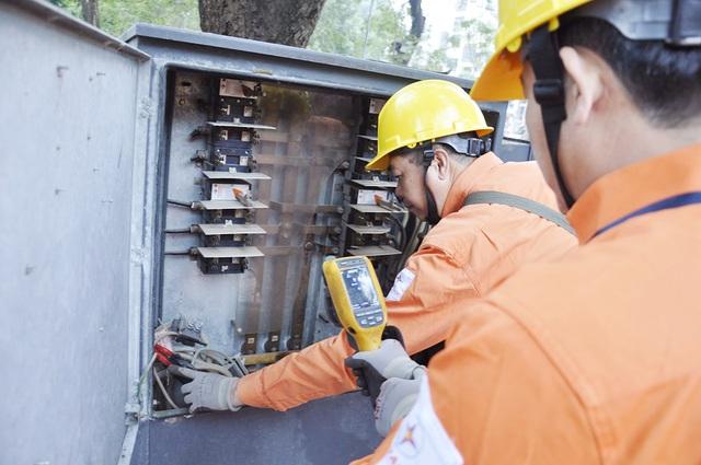 Đề xuất giảm 10% giá điện, số tiền hỗ trợ dự kiến gần 11.000 tỷ đồng - 1