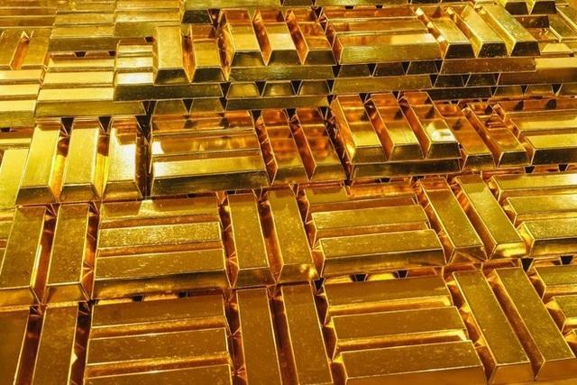 Để tiền vào đâu an toàn lãi lớn: Vàng, đất, tiết kiệm? - 1