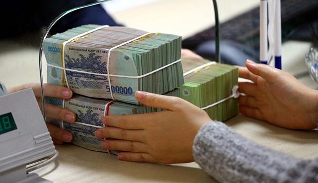 Để tiền vào đâu an toàn lãi lớn: Vàng, đất, tiết kiệm? - 2