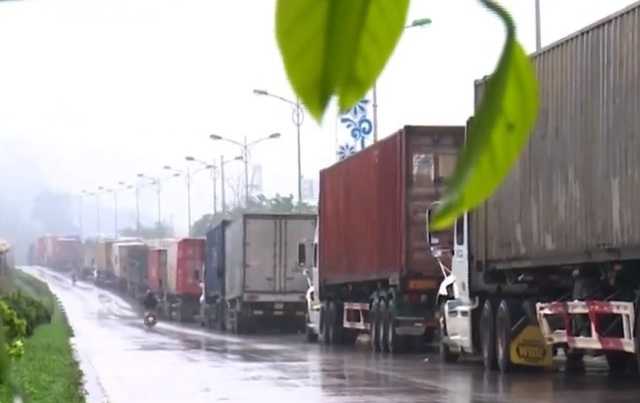 Bộ Nông nghiệp đề nghị tạm dừng đưa hoa quả lên cửa khẩuLạng Sơn - 2