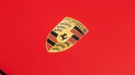 Giữa đại dịch Covid-19, Porsche thưởng cho mỗi nhân viên gần 10.000 USD