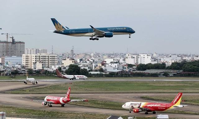 Bắt buộc báo cáo thông tin cá nhân, số ghế của khách đi máy bay