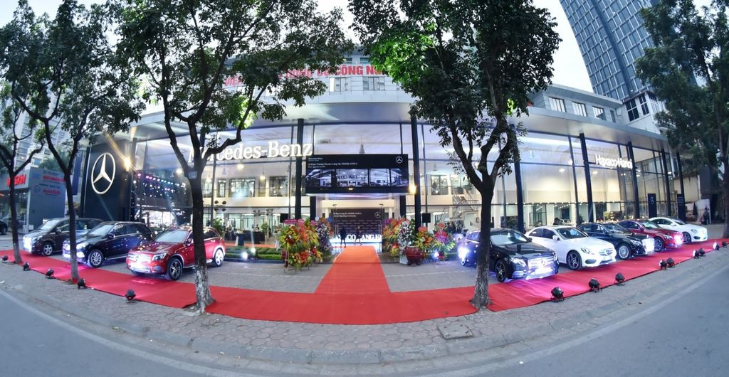 Nữ đại gia thay chồng làm Chủ tịch đại lý Mercedes lớn nhất Việt Nam