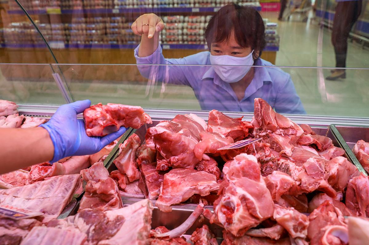 Việt Nam nhập hơn 161.000 tấn thịt ngoại về nước
