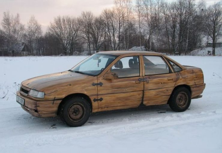 Những chiếc ô tô bằng gỗnổi nhất thế giới