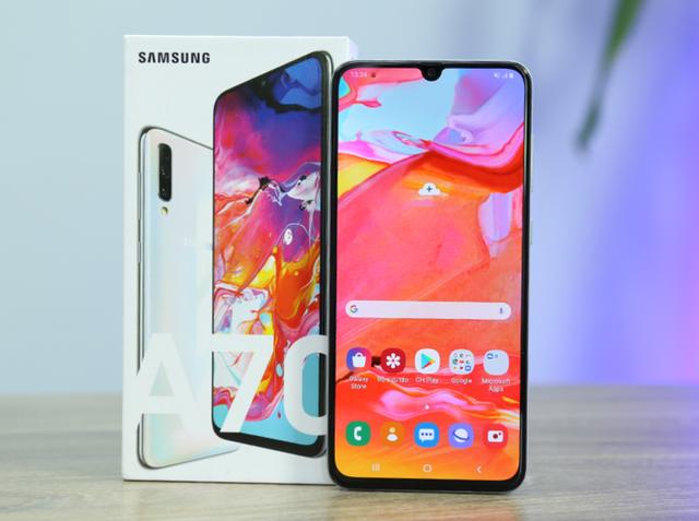 Loạt smartphone tầm giá 9 triệu cạnh tranh với Bphone 4 - 2