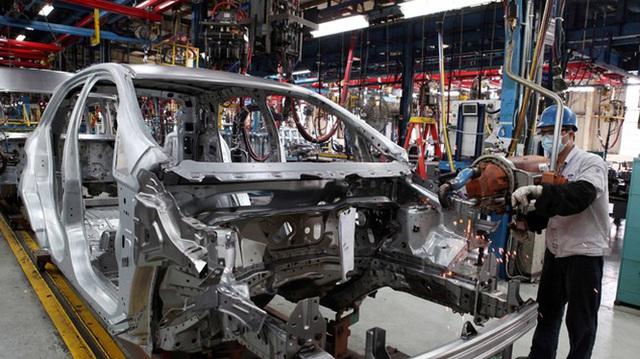 Doanh số bán xe tháng 4 giảm thảm hại, giá nhiều xe hot xuống đáy mới - 4