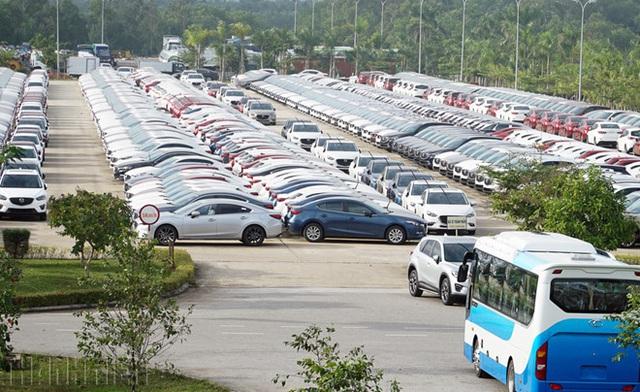 Doanh số bán xe tháng 4 giảm thảm hại, giá nhiều xe hot xuống đáy mới - 6