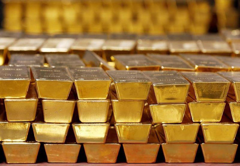 Giá vàng tăng dựng đứng, dân đổ xô đi bán