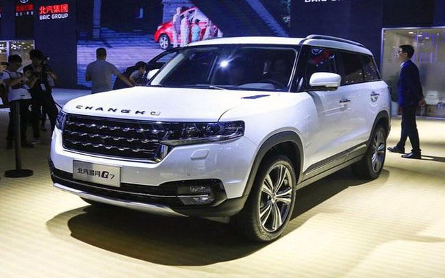 Giá xe nội chưa giảm, hàng trăm mẫu ô tô Trung Quốc