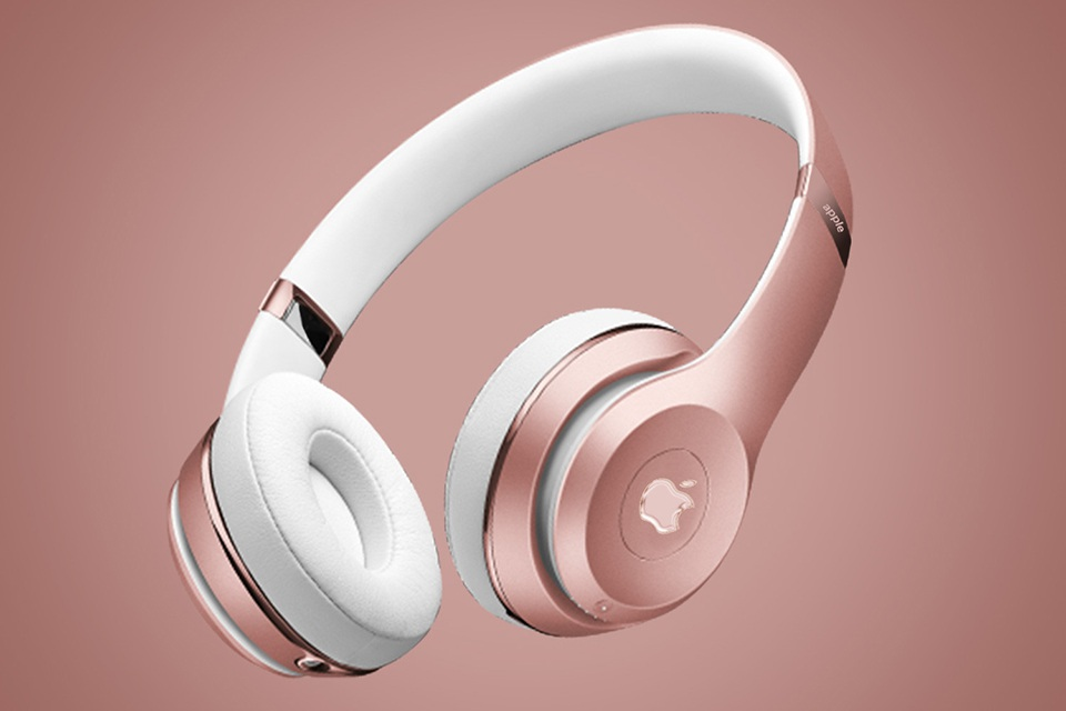 Apple sản xuất tai nghe AirPods Studio cao cấp tại Việt Nam