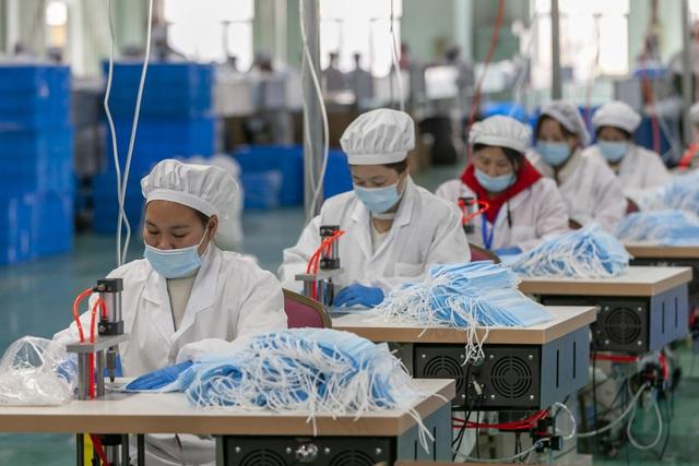 Lừa đảo Trung Quốc: Làm giả chứng nhận máy thở, khẩu trang bán giá cắt cổ - 3