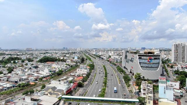 Chung cư trăm hoa đua nở dọc đại lộ đẹp nhất Sài Gòn - 11