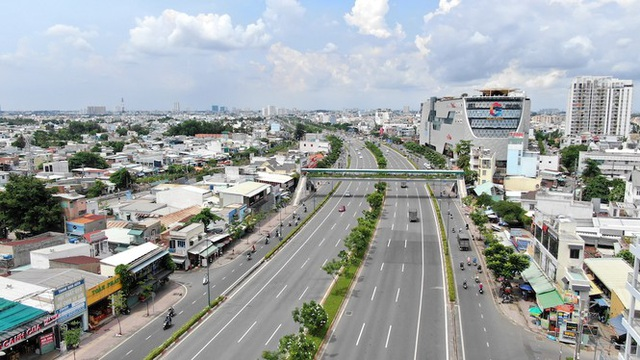 Chung cư trăm hoa đua nở dọc đại lộ đẹp nhất Sài Gòn - 15