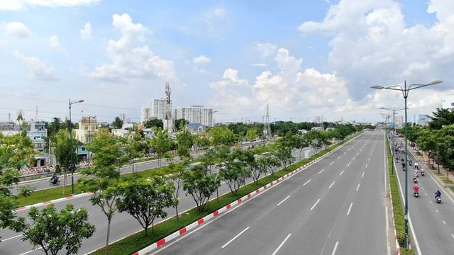 Chung cư trăm hoa đua nở dọc đại lộ đẹp nhất Sài Gòn - 19