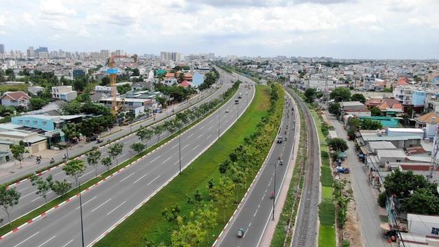 Chung cư trăm hoa đua nở dọc đại lộ đẹp nhất Sài Gòn - 21