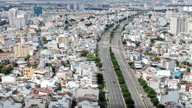 Chung cư trăm hoa đua nở dọc đại lộ đẹp nhất Sài Gòn - 4