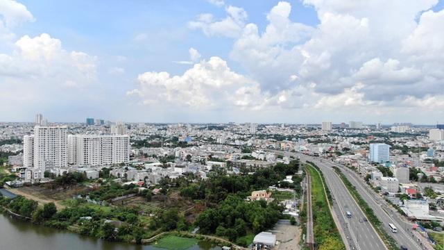 Chung cư trăm hoa đua nở dọc đại lộ đẹp nhất Sài Gòn - 34