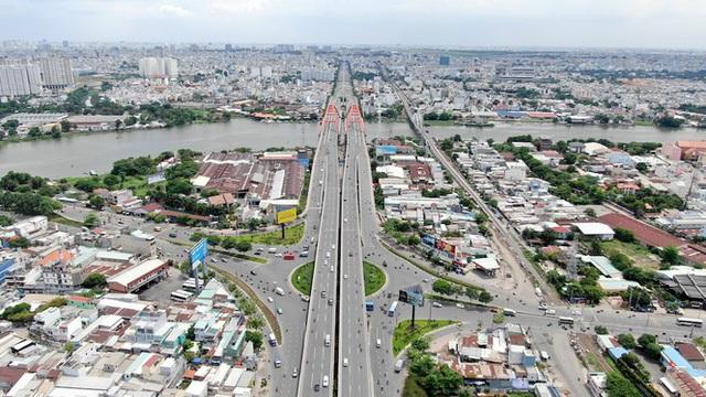 Chung cư trăm hoa đua nở dọc đại lộ đẹp nhất Sài Gòn - 7