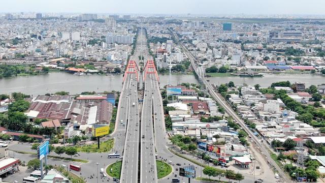 Chung cư trăm hoa đua nở dọc đại lộ đẹp nhất Sài Gòn - 8