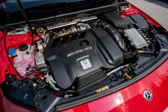 Mercedes đưa CLA 45S AMG tới Malaysia với giá bán khủng - 2