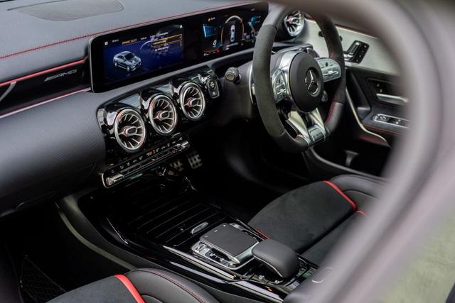 Mercedes đưa CLA 45S AMG tới Malaysia với giá bán khủng - 4