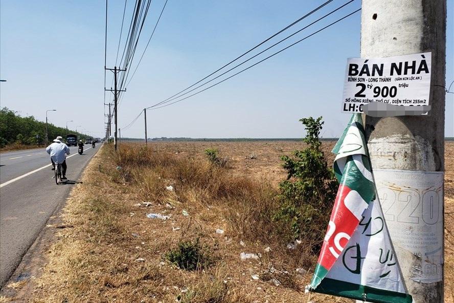 """Đề xuất """"kéo sân bay Long Thành về TPHCM"""": Coi chừng sập bẫy thổi giá đất"""