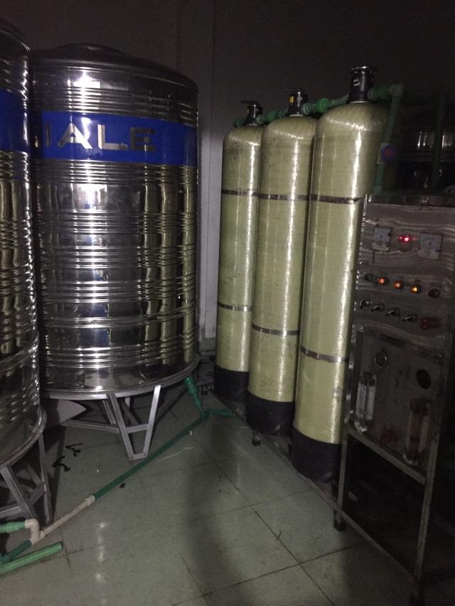 Cận cảnh quy trình hô biến nước mương thải thành nước uống đóng bình - 6