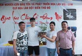 Đại gia Hà Nội chi 5 tỷ đồng mua giỏ lan nhìn như ngọn rau muống