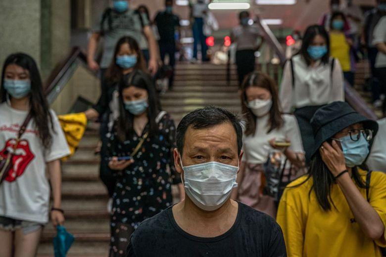 Bắc Kinh tuyên bố qua đỉnh dịch, Mỹ nghi ngờ số liệu của Trung Quốc