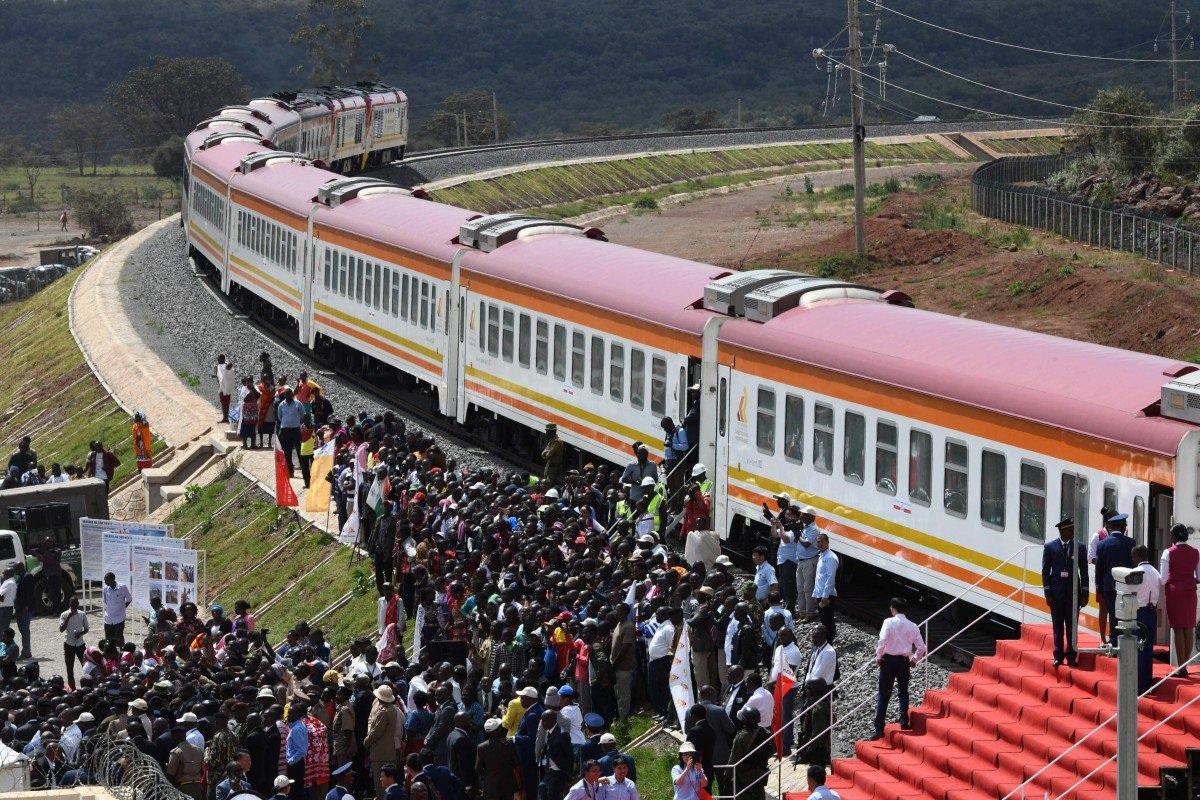 Dự án đường sắt 3,2 tỷ USD dùng vốn của Trung Quốc bị tuyên