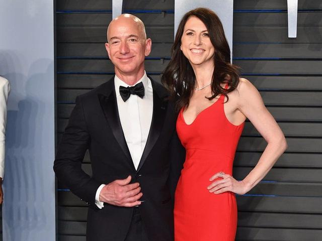 CEO Amazon Jeff Bezos: Từ tuổi thơ sóng gió tới ông chủ sở hữu 171 tỷ đô la - 15