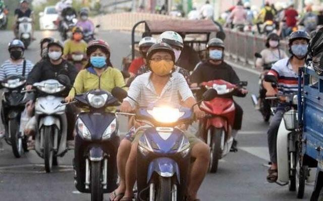 Chính thức bỏ quy định bắt buộc bật đèn xe máy vào ban ngày - 1