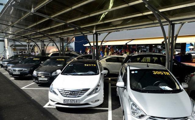 Ngân hàng ồ ạt thanh lý ô tô siết nợ giá chỉ từ 60 triệu đồng: Đừng