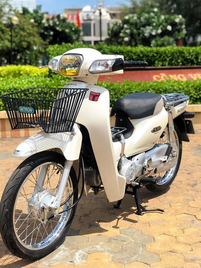 Honda Super Cub 110 cũ hàng hiếm giá hơn 100 triệu đồng - 1